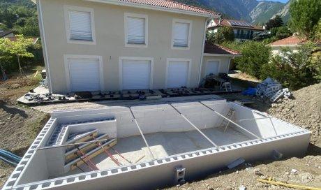 Construction d'une piscine de 10mx4m à Saint Ismier près de Grenoble