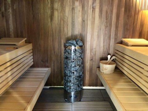 Montage d'un sauna Harvia dans l'Oisans