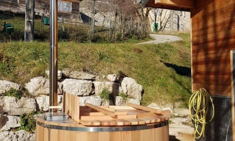 Livraison et installation d'un bain nordique 5 places à Villard-de-Lans dans le Vercors