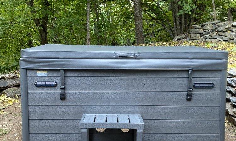 Installation d'un spa 4 places Rainbow Spas dans l'Oisans